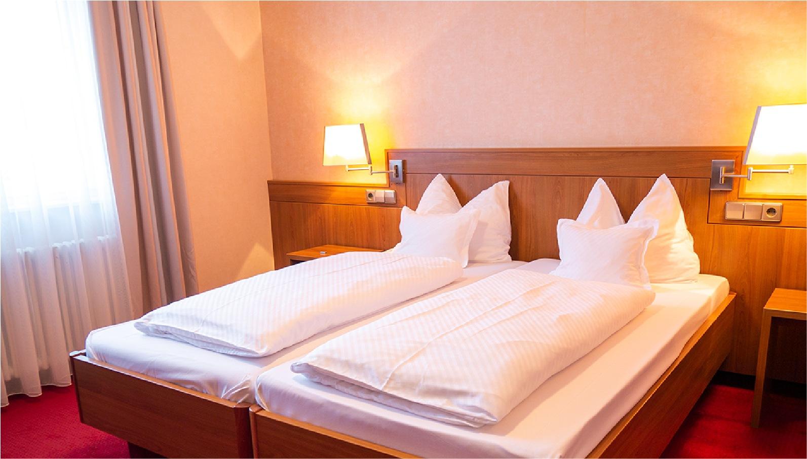 Doppelzimmer Kategorie 2 Bett