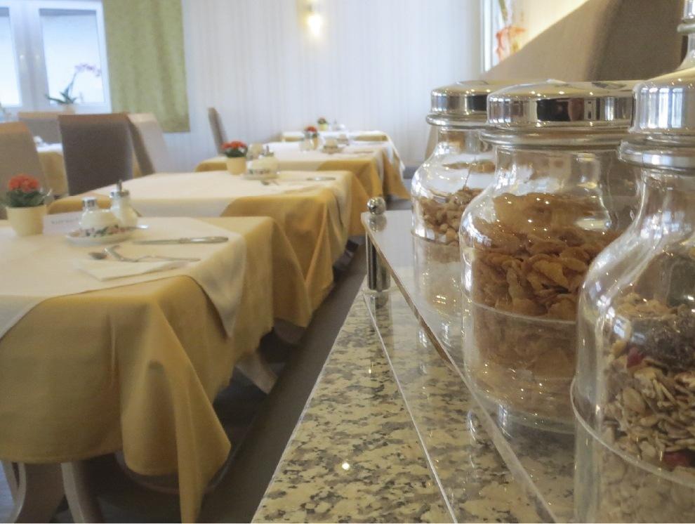 Lindner's Hotel - Frühstücksbuffett