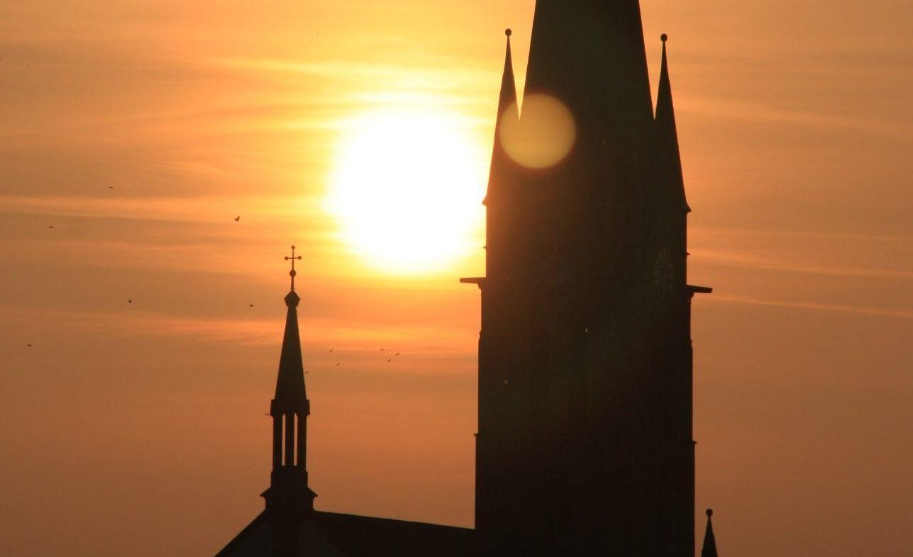 Sonnenuntergang_Kirche_Bellheim